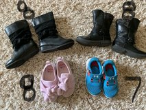 Girls shoes size 7 & 8 in Baytown, Texas
