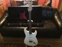 Squier Strat Guitar w/case in Bolingbrook, Illinois
