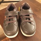 NIB 8 1/2 Toddler Shoes in Naperville, Illinois