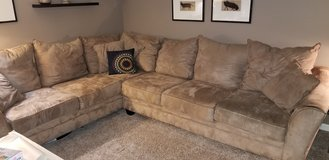 Large sectional couch in Bolingbrook, Illinois