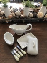 Princess House Butter Dish, Gravy Boat Bowl and Spreaders in Camp Pendleton, California
