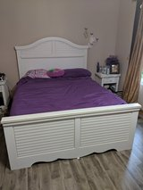 Queen Bed Frame in Chicago, Illinois