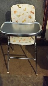VINTAGE HIGH CHAIR in Glendale Heights, Illinois