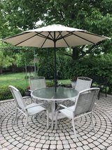 Outdoor Patio Dining Furniture Set in Tinley Park, Illinois