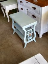 antique chalk painted table!!!!! in Cherry Point, North Carolina