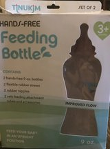 Hands free feeding bottles in 29 Palms, California