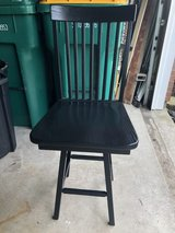 4 black swivel wood bar counter stools chairs in Shorewood, Illinois