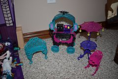 Monster High City of Frights Cafe cart play set furniture floating bed lot accessories in Fort Knox, Kentucky