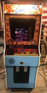 DONKEY KONG ARCADE W 48 GAMES ORIGINAL CABINET RESTORED in Tinley Park, Illinois