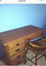 Kling Desk and Chair in Orland Park, Illinois