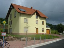 """Yellow"" Large Family House, 5 Bedrooms, 2.75 Baths in föckelberg , hauptstr.1 in Ramstein, Germany"