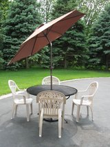 Patio Table/Chairs/Umbrella & Stand in Plainfield, Illinois