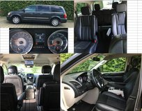 2012 Chrysler Town & Country - Charcoal - 75,000 miles - Great Condition in bookoo, US