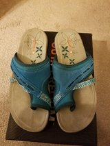Merrell Shoes Size 7 in Fort Campbell, Kentucky
