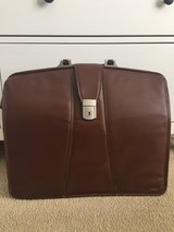 Men's leather brief case in St. Charles, Illinois