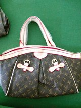 MK & LV Bags in Fort Campbell, Kentucky