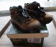 Toddler Boys Hiking Boots Size 8 in Kingwood, Texas