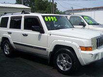 JEEP COMMANDER LIMITED AUTO 3RD ROW 4X4~REDUCED~ in Camp Lejeune, North Carolina