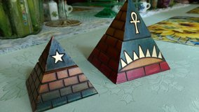 Pyramid trinket boxes in Perry, Georgia