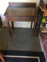 Sectery desk  22x 30 in Conroe, Texas