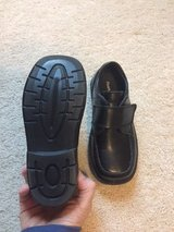 Boys Dress Shoes Size 11 (Toddler) in Glendale Heights, Illinois