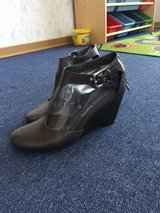 Shoes size 7.5 in Stuttgart, GE