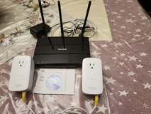 TP-LINK AC1750 (ARCHER C7)  ROUTER AND TP-LINK WFI EXTENDERS in Fort Campbell, Kentucky