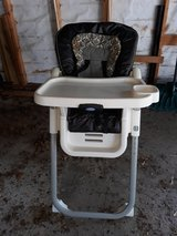 High chair in Glendale Heights, Illinois
