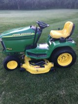 1 Owner John Deere GT235 tractor 18 HP. V TWIN MOTOR RUNS GREAT, MANUAL INCLUDED in Naperville, Illinois