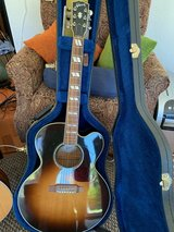 Guitar - Gibson J-185EC Electric Acoustic with Hard Gibson Case in Stuttgart, GE