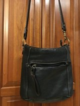 St. John's Bay Real Leather Purse in Glendale Heights, Illinois