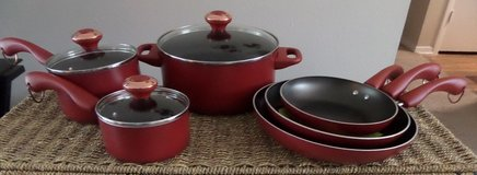 Paula Deen 9 Pc Cookware Set in Kingwood, Texas