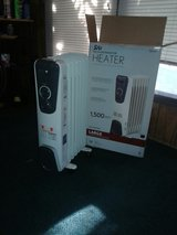 1500-Watt Electric Oil-Filled Radiant Portable Heater - Grey in Alamogordo, New Mexico