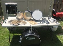 PDP 5 pc drum set in Shorewood, Illinois