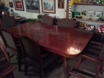 Dining table w/6 chairs in Fort Polk, Louisiana