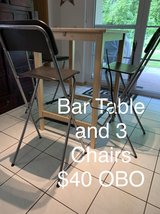 bar table and 3 chairs in Shreveport, Louisiana