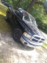 2004 ram pick up 1500 v6 in Warner Robins, Georgia