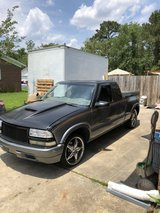 1999 S10 chevy pickup Only with 65,000 original miles in Camp Lejeune, North Carolina