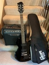 Electric guitar, amp, and bag in Westmont, Illinois