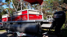 2017 Pontoon/Party Boat DLX-18 in Beaufort, South Carolina