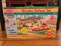 Melissa & Doug Wooden Railway Set 132pcs in Bartlett, Illinois