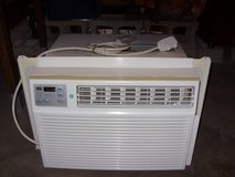 Air Conditioner 12000 btu,s in Fort Knox, Kentucky