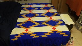 HAND KNITTED THROW/SHAWL in Alamogordo, New Mexico