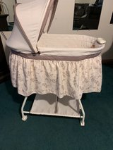 bassinet in Cleveland, Texas