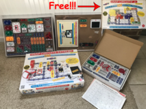 Snap Circuits Extreme SC-750 Electronics Exploration Kit in Bartlett, Illinois