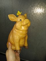 Garden Treasures Beige Pig With Butterfly in Kingwood, Texas