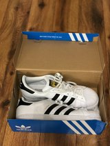 Adidas - Size 9.5 Men in Fort Campbell, Kentucky