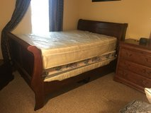 8-piece Queen Sleigh Bedroom Set in Warner Robins, Georgia
