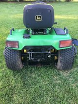 JOHN DEERE TRACTOR FOR PARTS OR REPAIR in Naperville, Illinois