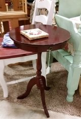 Table-small w/drawer in Fort Campbell, Kentucky